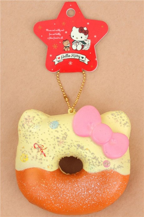 Hello Kitty Donut Squishy Size : cream brown Hello Kitty Christmas donut squishy - Cute Squishy Shop